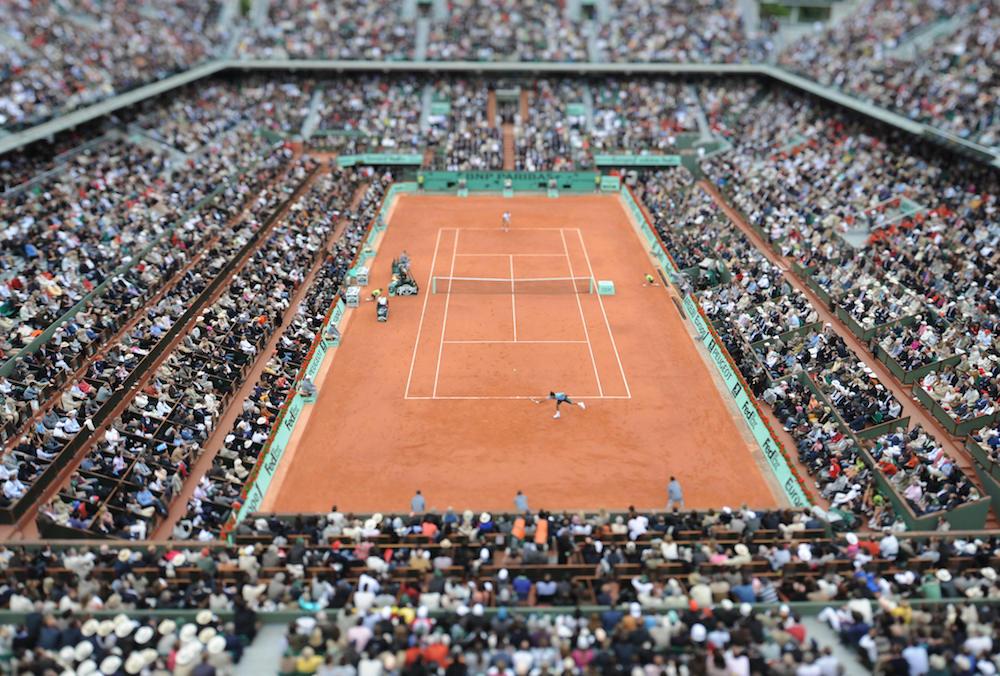 Swiss Roger Federer (DOWN) returns a bal